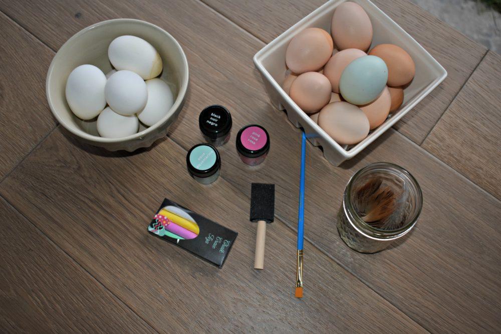 Easy Chalk Paint Easter Eggs